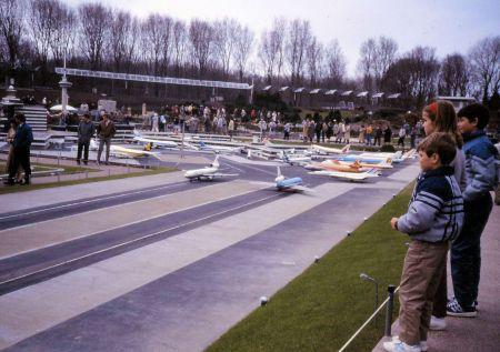 1986 05 Amsterdam Madurodam Airport